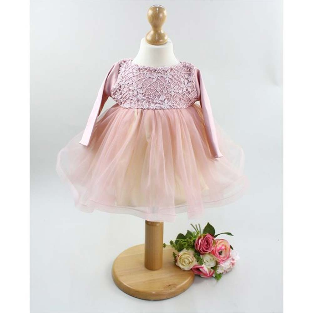 rochita eleganta botez roz cu voal