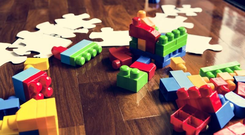 jucarii pentru copii la diferite varste
