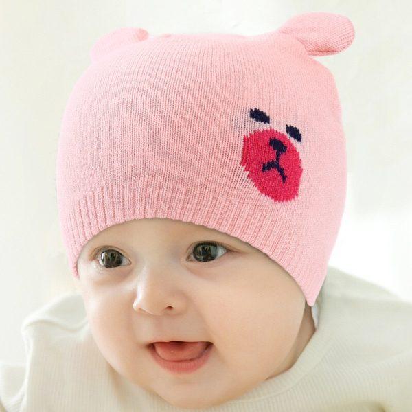 Caciula tricotata bebelusi roz cu urechiuse